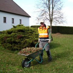 Grünanlagenpflege4-g.jpg